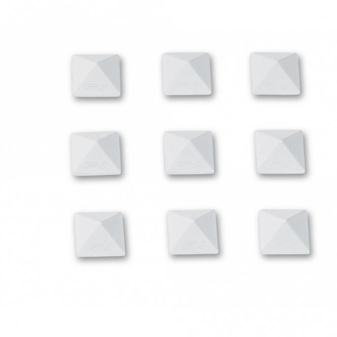 Dakine Pyramid Studs - White